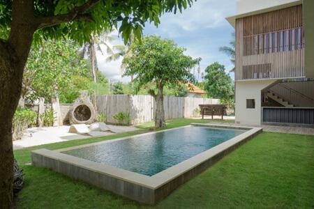 Yoga Bali Retreat Locomotive Hotel