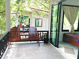 thailand accommodation beam bungalows