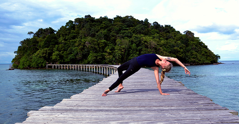 Become Traveling Yoga Teacher Training